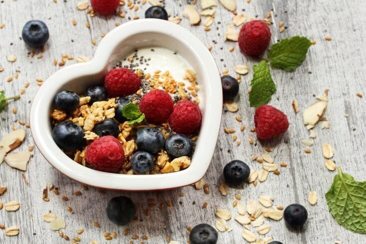 Cara Lezat Makan Yogurt