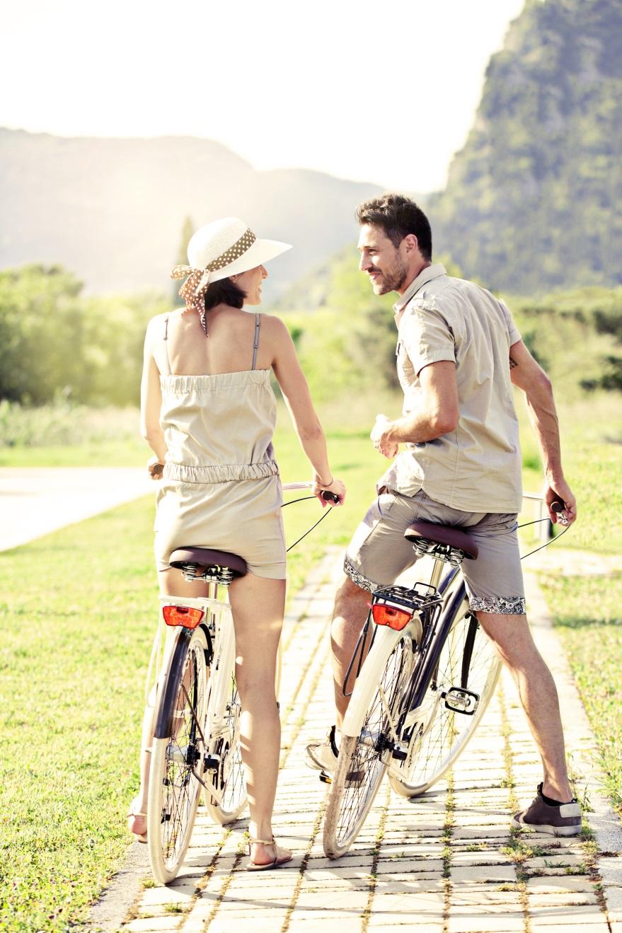 Ini 6 Hal Esensial yang Selalu Dilakukan Happy Couple