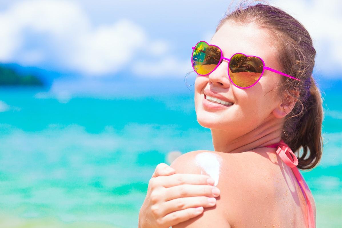 Smart Menggunakan Sunscreen